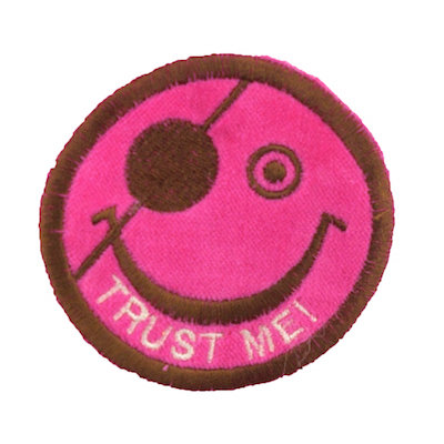 "No36 ALM Smile Patch Vivid Pink ""TRUST ME!"""
