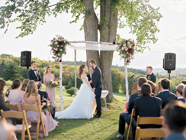 copake-country-club-hilltop-ceremony-loc