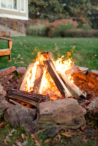 copake-golf-course-cocktail-hour-firepit