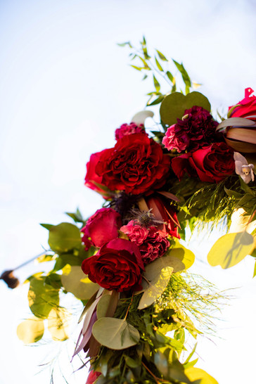 rose-garland-copake-wedding.jpg