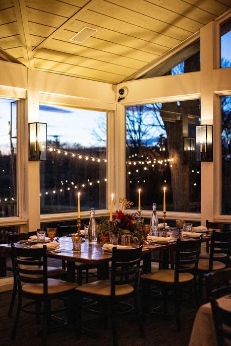 romantic-candle-light-dinner-reception.j