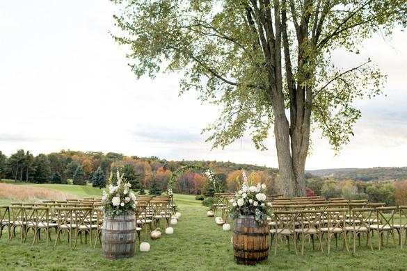 hudson-valley-wedding-outdoor-ceremony.j