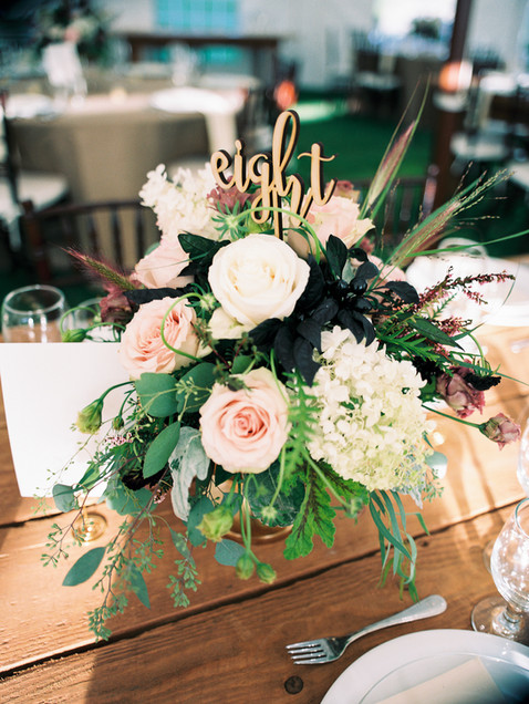 copake-wedding-farm-table-flowers.jpg