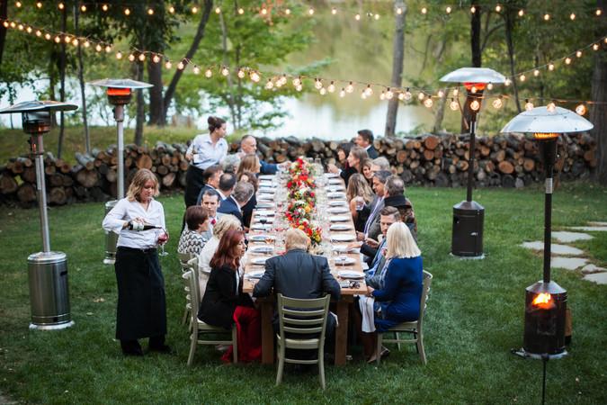outdoor-dinner-party-barn.jpg