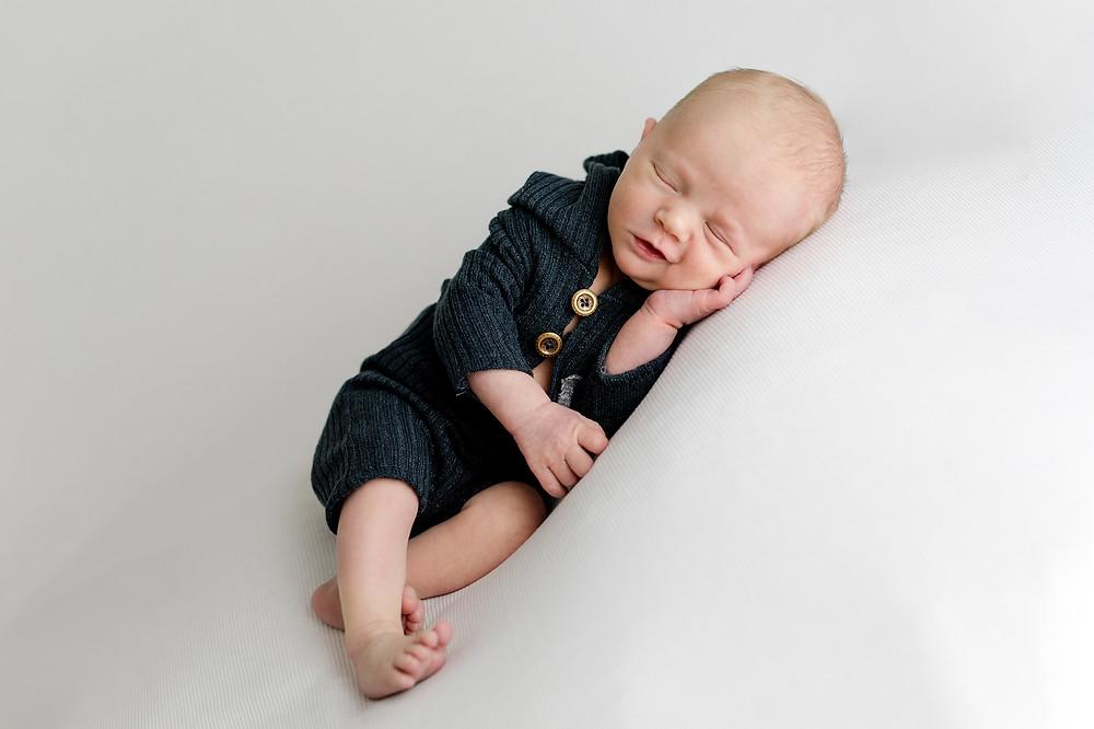 photographe nouveau-né mayenne
