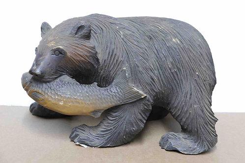 Ours bois sculpté avec poisson Japon XXème 32 cm