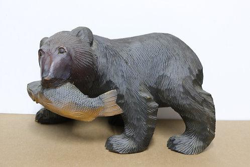 Ours bois sculpté avec poisson Japon XXème 36 cm