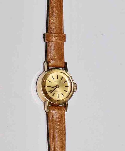 Montre Tissot Saphir plaqué or femme 1972