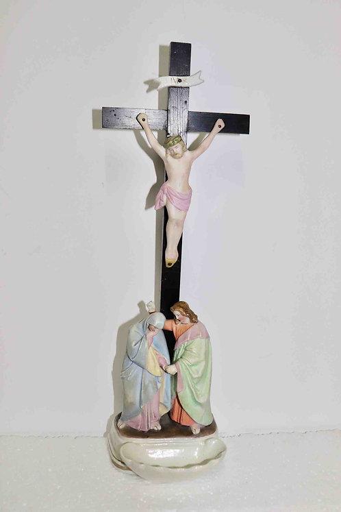 Bénitier crucifixion porcelaine d'Andenne 19ème