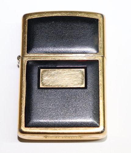 Briquet original Zippo plaqué or et cuir