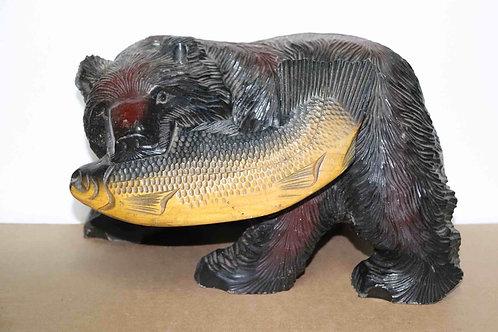 Ours bois sculpté avec poisson Japon XXème 30 cm