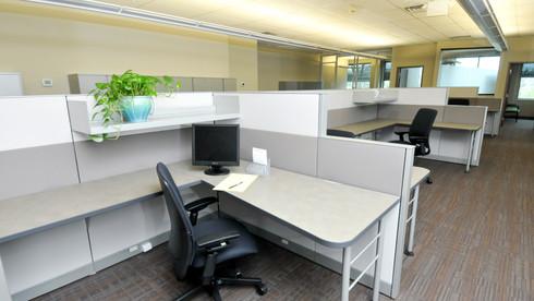Open-air desks in (c)space.