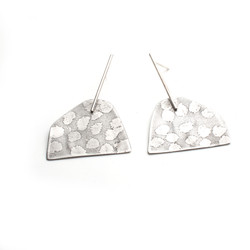 Large anthill drop studs3