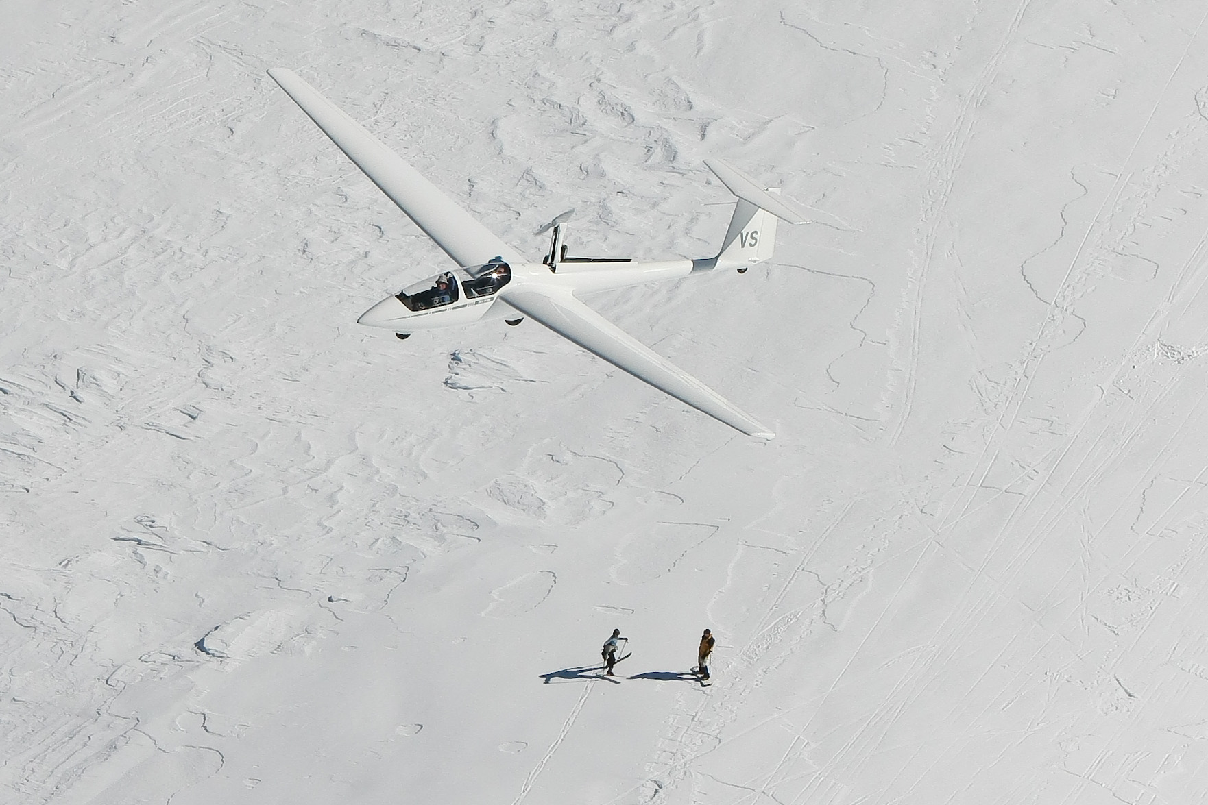 Skiers on Mt Bogong