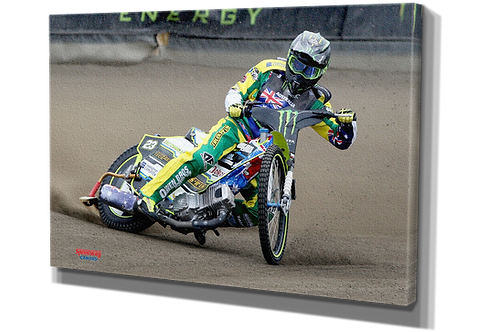 001 Chris Holder