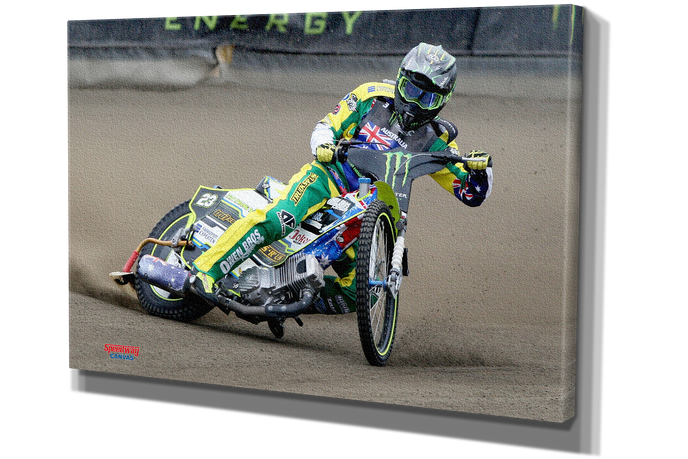 001 Chris Holder.png