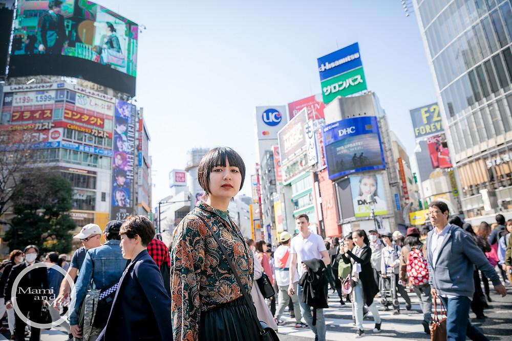 beautiful girl portrait in shibuya crossing intersection 1