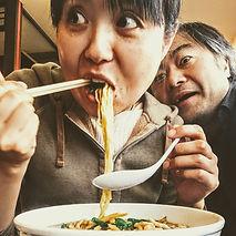 ramen-eating.JPG
