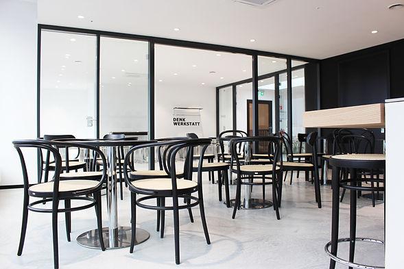 Hamburger_Ding_Eventfläche_mieten_Nobistor_Home_United_Thonet_Rooftop_Café