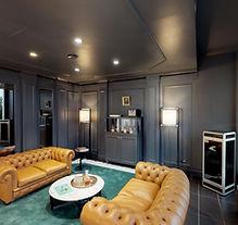 Hamburger-Ding-Whiskey-Lounge.jpg