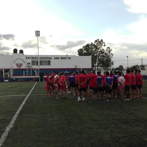 NOCHE DE COPA EN EL GENERAL SAN MARTÍN
