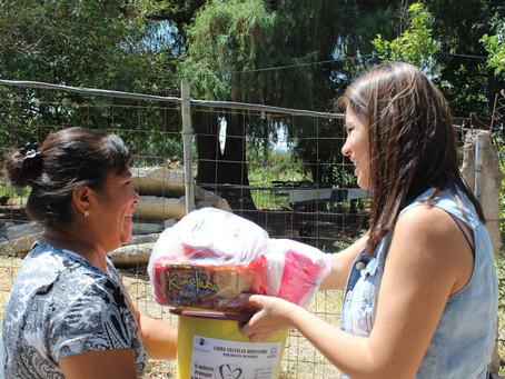 Entrega de despensas en la comunidad de La Alcantarilla
