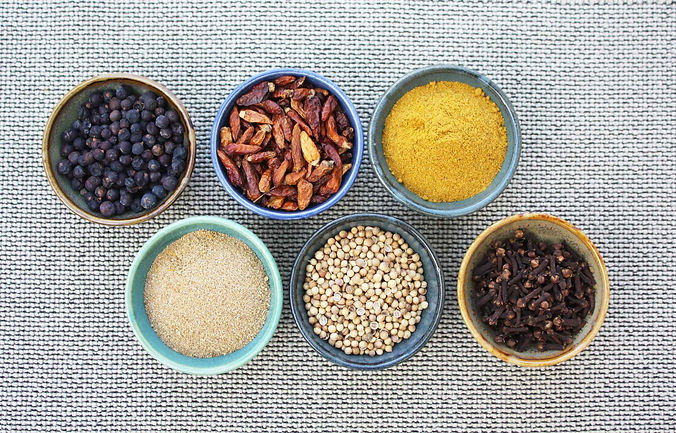 spices-667116_LOW2.jpg