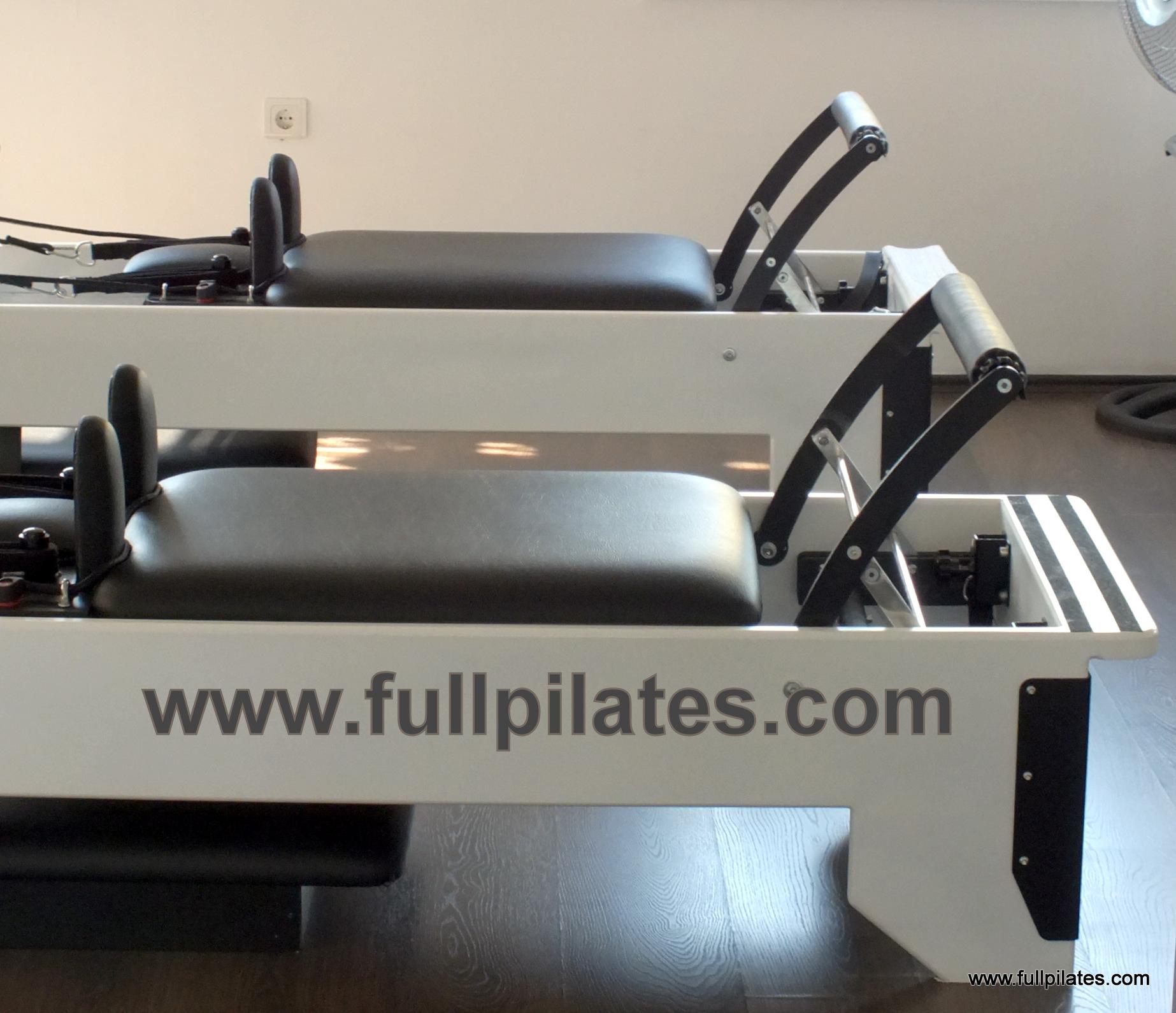 full pilates reformer 1