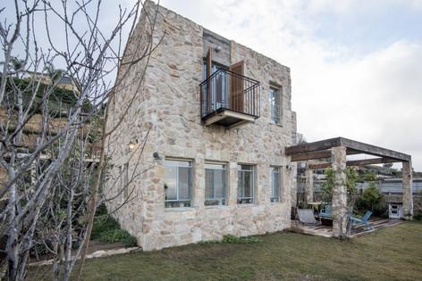אדריכלית אלונה נבו סידי בית אבן חומרים טבעיים