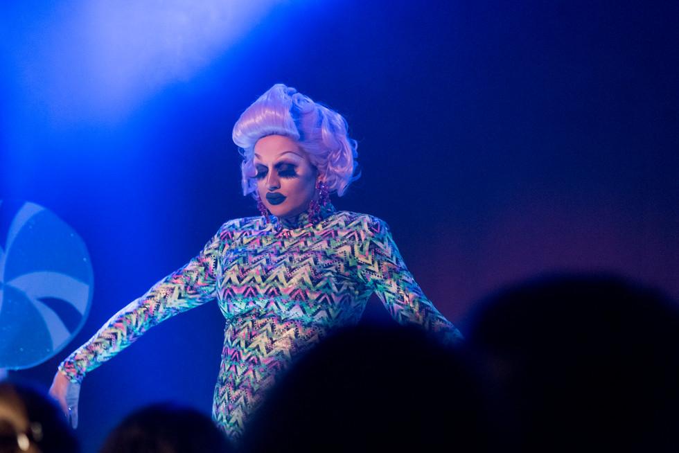 Spectacle Drag Queen
