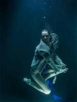 Woman Under Water.jpg