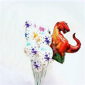 композиция с одним динозавром
