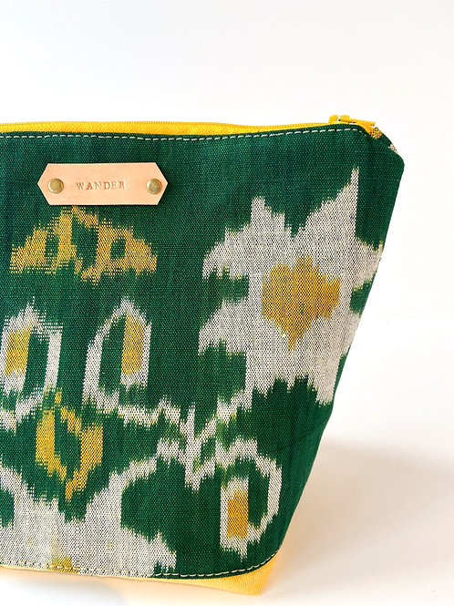 VINTAGE CLOTH TOILETRY BAG