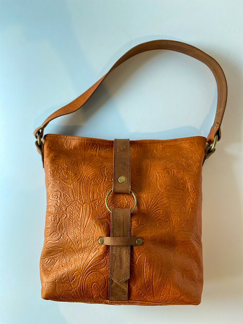 ABIGAIL SHOULDER BAG