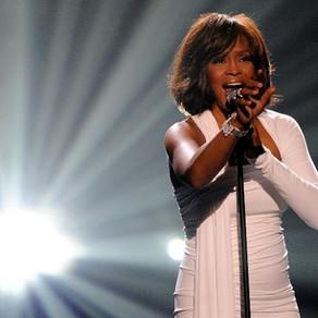 Uma das vozes mais marcantes, bissexual e diva LGBT: seis anos sem Whitney Houston