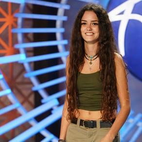 Incrível: garota de 15 anos vai de rock ao jazz no American Idol