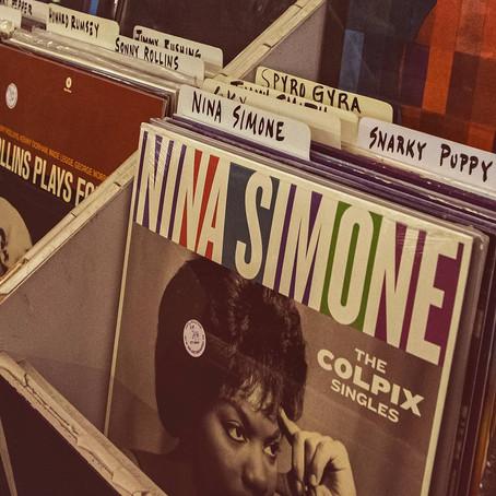 Nina Simone e a fusão do jazz com a MPB, são temas de cursos online do Instituto Ling