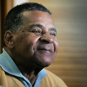 Um dos pais da bossa nova era negro e gay, conheça Johnny Alf