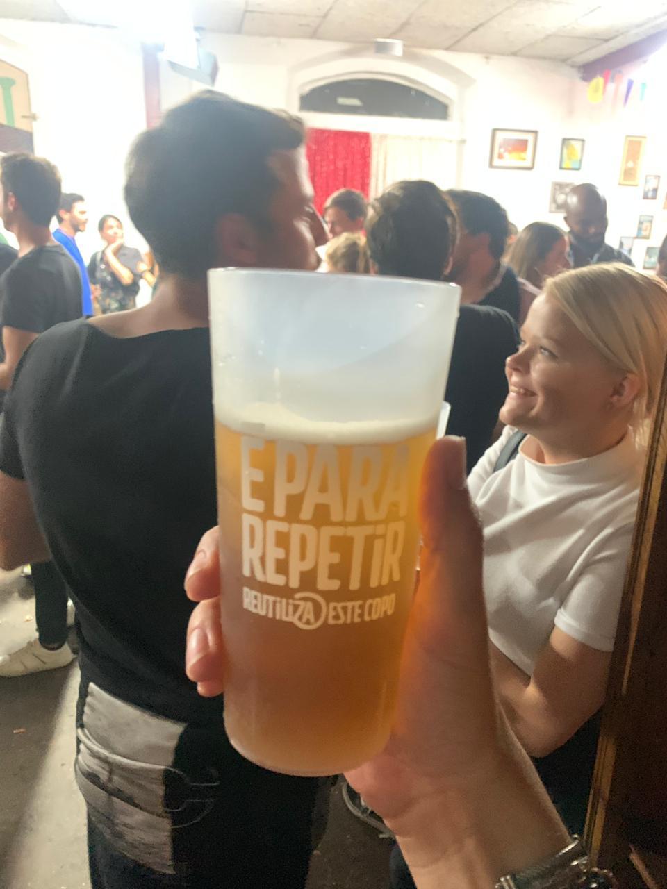 Estímulo para reutilização do copo