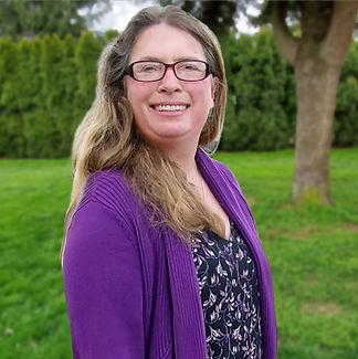 Rose Wilde Standing Green Background 2.j