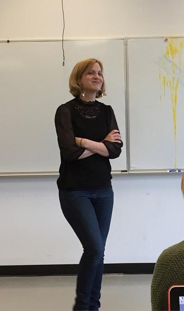 Teaching postmodern theatre using an egg