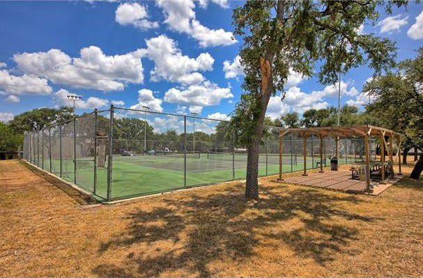 tennis-court-with-stands-2_orig.jpg