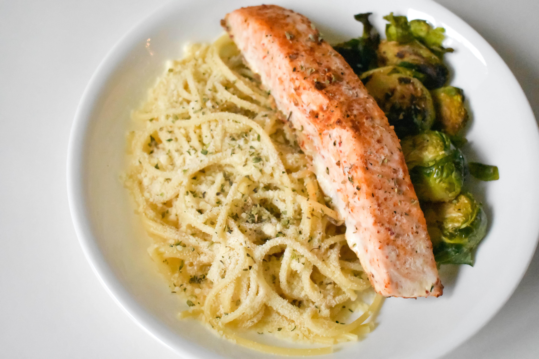 Baked Salmon & Spaghetti