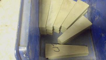 high-pressure-waterjet-cutting-ceramics.