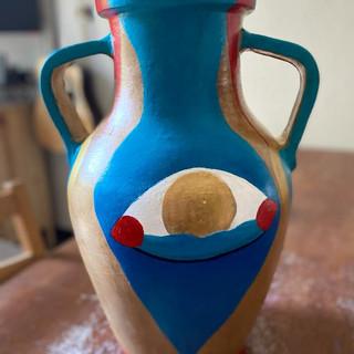 Antica anfora dipinta a mano / Antique hand painted amphora