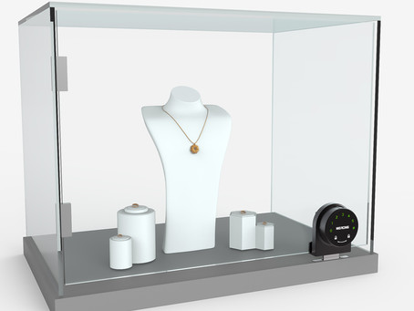 How to improve the safety of glass showcases?