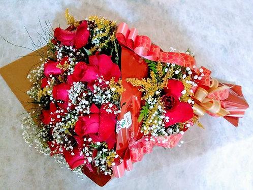 Buquê de 12 Rosas importadas.