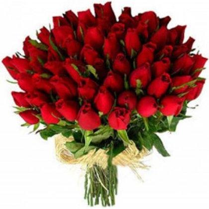 Buquê com 50 Rosas importadas .