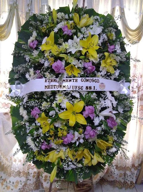 Coroa Media com Rosas , Lirios e Flores do Campo