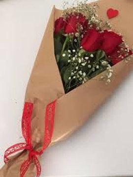 Buquê 12 Rosas importadas ,modelo Rustico.